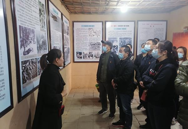 郑州水司石佛水厂组织开展主题党日活动 探寻红色精神