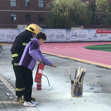 开封顺河区实验小学开展消防安全演练