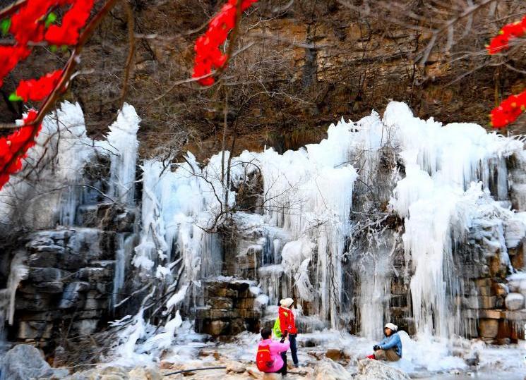 焦作云台山:冬日冰瀑美