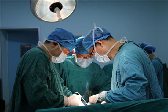 胃癌晚期就不能做手术?省肿瘤专家说:NO!