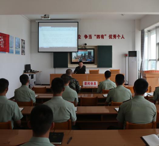 襄城县法院开展民法典宣讲进军营活动