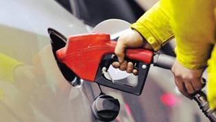 """国内油价或迎""""八连涨"""""""