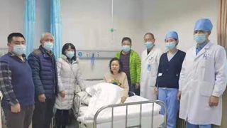 李立新:京城冰河勇救人 军人本色显赤诚
