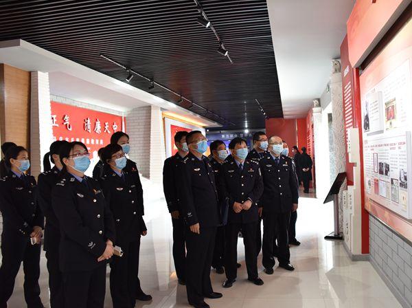平舆县公安局参观廉政教育基地