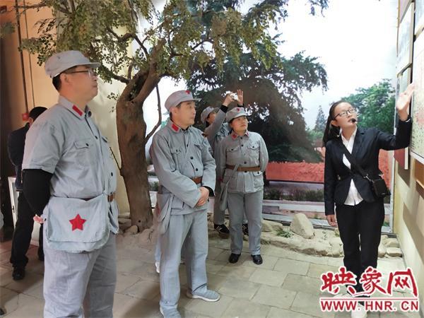 光山县阳光中学:参观红色教育基地 接受革命精神洗礼