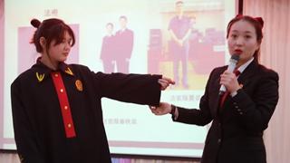 许昌市魏都区法院:普法进校园 法治护成长