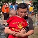 商丘市众人爱心车队驰援郑州新乡抗洪救灾