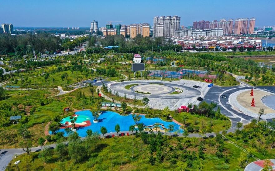 """河南光山: 河滩""""变身""""开放公园"""