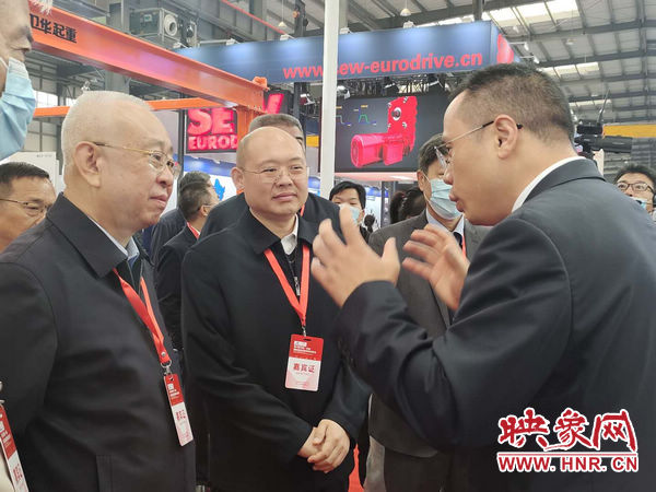 第六届中国·长垣国际起重装备博览交易会今日开幕