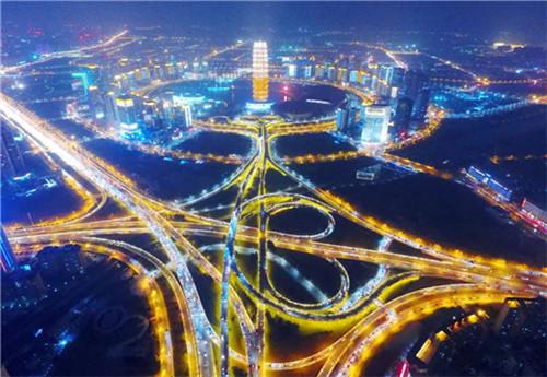 27个省会城市经济实力比拼:郑州GDP总量位列第六