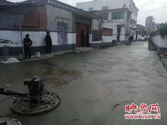 宝丰县:疏通下水道 为民除烦恼