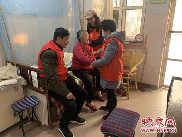 商丘市睢阳区东方街道办事处广泛开展国际志愿日活动