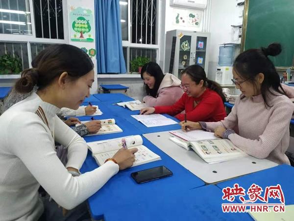 开封金明中小学小学部教师在开封新区数学优质课比赛中创佳绩