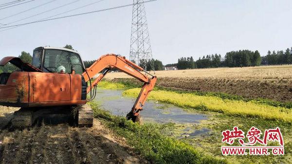 商水县开展河流清洁行动 出动劳力5000多人次