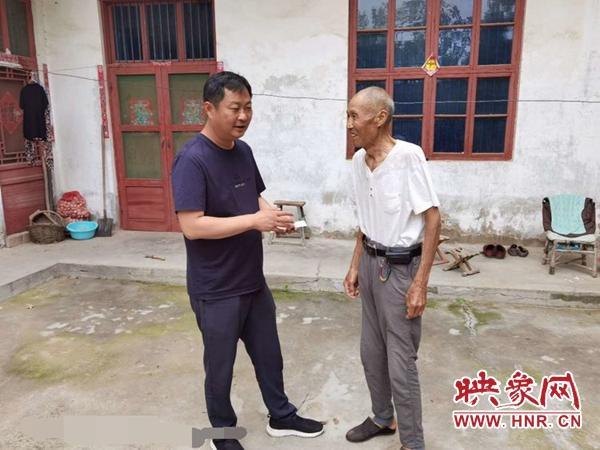 开封陈留镇:七一慰问老党员 组织关怀暖人心