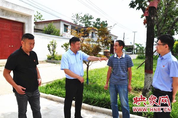 """许昌驻村第一书记张凯:助推美丽乡村建设上演""""变形记"""""""