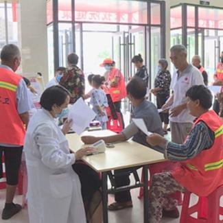 兰考县第三人民医院为全县800余名环卫工人免费体检