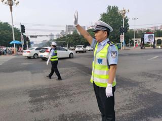 大发dafa888:全面打响交通秩序整治素质战