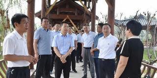 长垣市政府办公室党支部开展主题党日活动