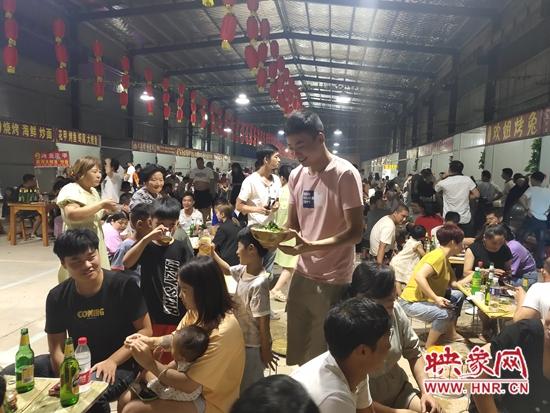 伊川县驻村第一书记李孝同:变着法儿让村民富起来