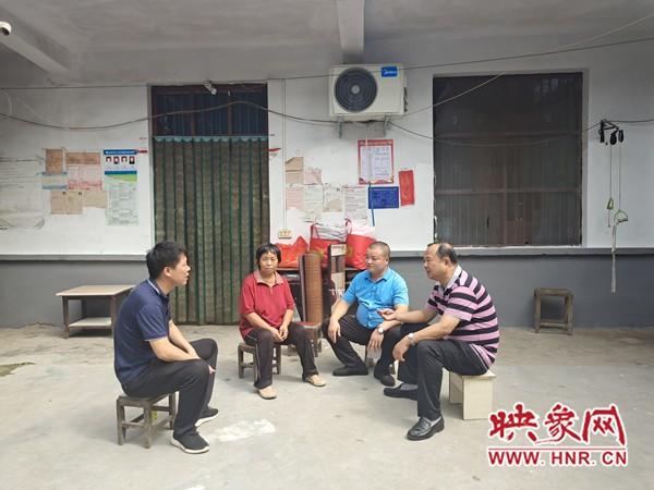项城:企业帮扶心相连 精准扶贫暖人心