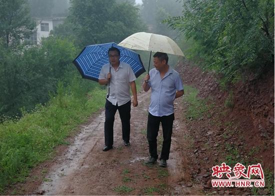 洛阳农商银行洛龙支行多措并举助力金融精准扶贫