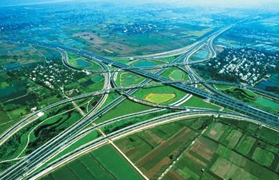 """擘画""""交通强国建设试点省"""" 河南加快高速公路建设"""