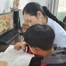 张艳华:大爱无微不至 关怀教育有方