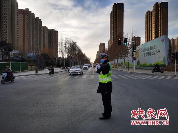 警察姚家阔:路口就是自己的天与地 不能忽视每一个环节