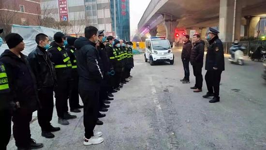 郑州市管城回族区全面规范辖区非机动车及共享单车停放秩序
