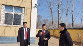 内黄县法院院长王海军慰问基层法庭干警