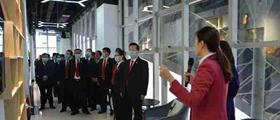 内黄县法院组织干警参观学习县融媒体中心