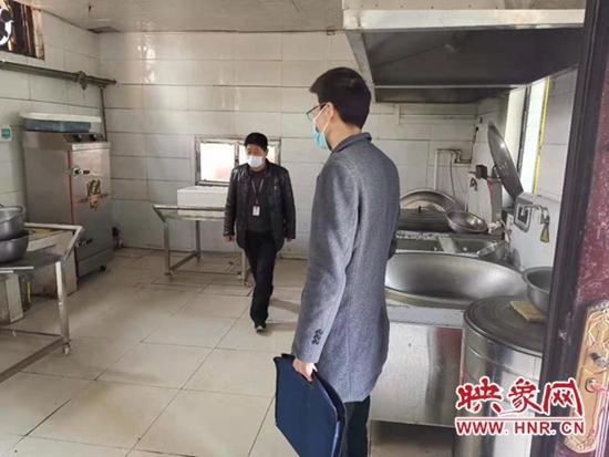 平舆县射桥镇:敬老爱老有保障 食品安全必做到