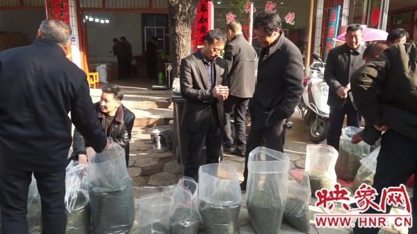 光山茶叶交易市场迎来交易热潮