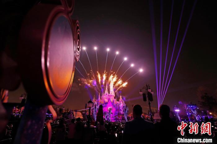 上海迪士尼开�五周年庆典活动