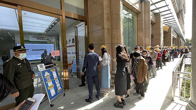 三天5.4万人完成新冠疫苗接种郑州市金水区新冠疫苗接种有序进行