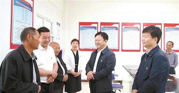 办实事 开新局 陈星到新蔡县等地调研指导重点工作