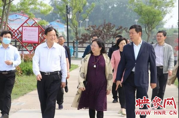 香港大公报一行到永城市苗桥镇调研美丽乡村和乡村振兴