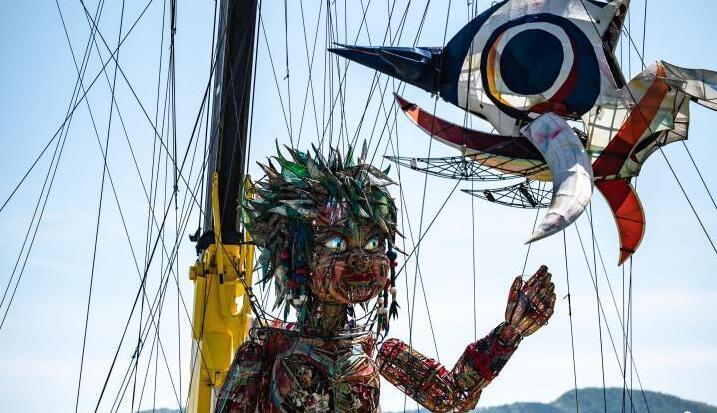 巨型木偶亮相日本奥运文化活动(图)