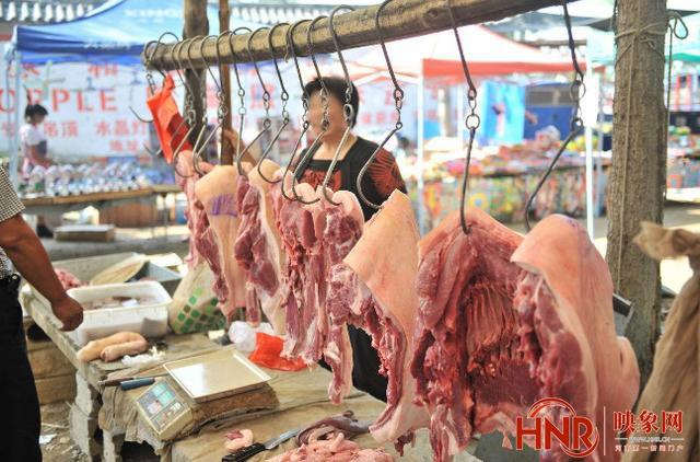 下行!郑州猪肉价格连降16周 有市民一下买了五斤做红烧肉