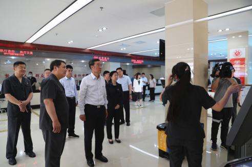 郑州市政协主席张延明到航空港区法院调研指导党史学习教育