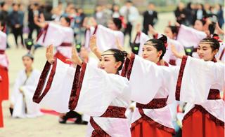 端午节假期 漯河组织开展多种民俗文化节目