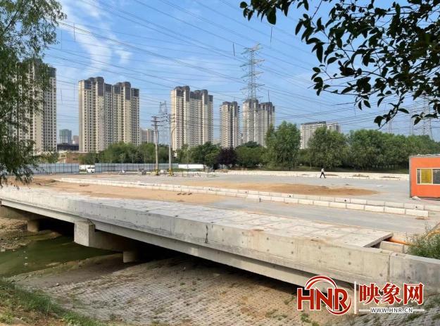郑州一在建桥梁施工多年未建成 附近居民出行多绕近4公里