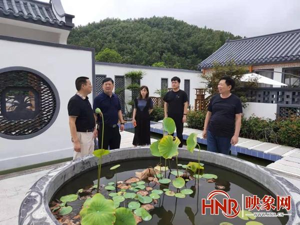"""鲁山县尧山镇:""""三大员""""为企业发展保驾护航"""
