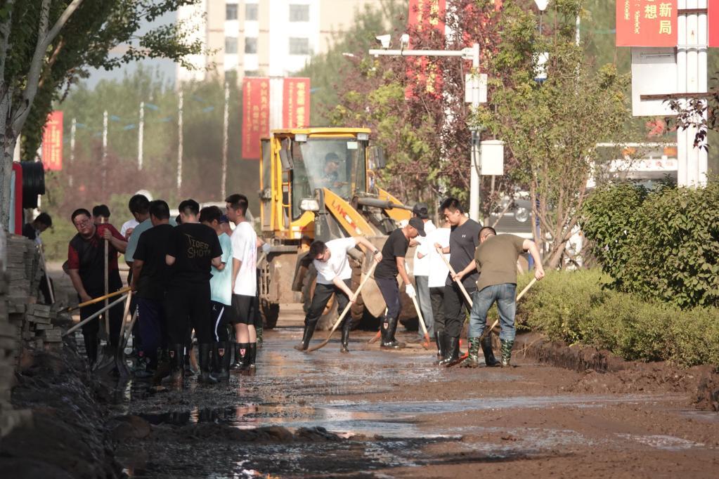 联播pro:新乡特大暴雨!2小时降雨量超郑州