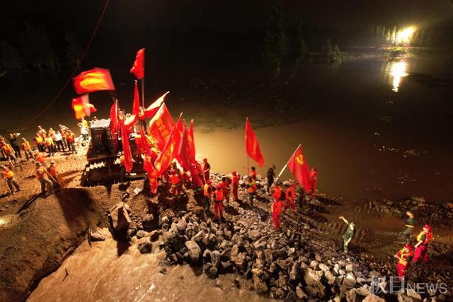 历经经过70多个小时持续奋战 鹤壁卫河决口成功封堵