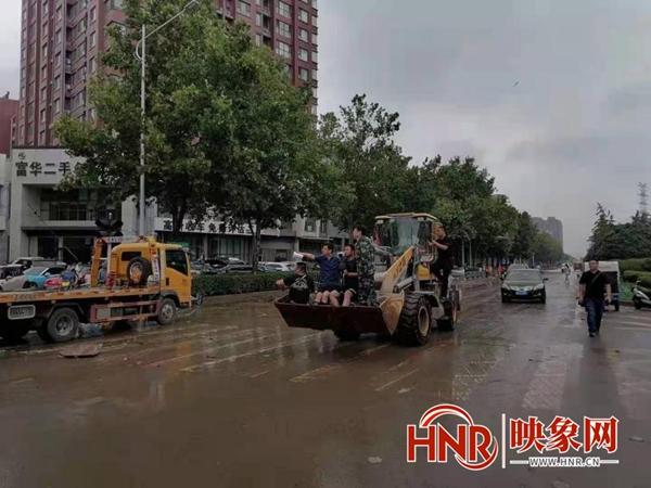 截至7月26日 郑州市金水区93个居民楼院恢复水电