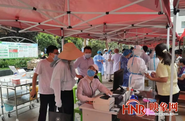 商丘市第一人民医院全力以赴做好核酸检测工作
