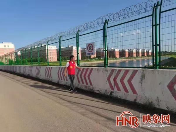 宝丰县杨庄镇:河长巡河 守护河流碧水长清