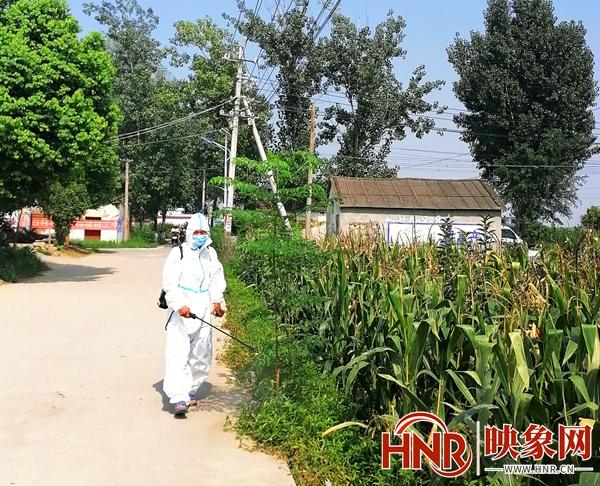 鲁山县白村:防疫助农两不误